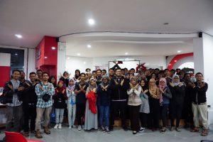 Foto Bersama Peserta IxDD Malang