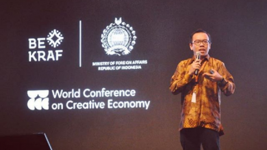 Photo of Perjalanan Karier Fajrin Rasyid, Direktur Baru Telkom Indonesia