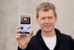 Engage, Game Boy Tanpa Baterai (Foto via coolsten.de)