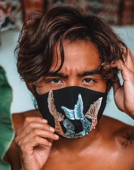 3 Desainer Ternama Indonesia Merilis Masker Premium ...