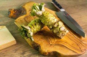 Harga wasabi asli bisa mencapai jutaan per kilogram (Foto via www.makesushi.com)