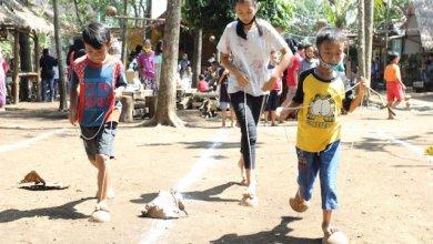 Photo of Kampung Dolanan Panawijen Malang Gelar Festival Untuk Melestarikan Permainan Tradisional